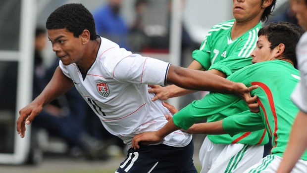Chicago Fire and USA U-17 player Kellen Gulley battles vs. Mexico.